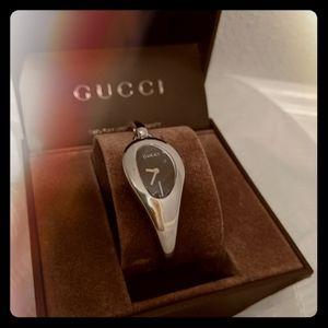Gucci Housebit Watch 103